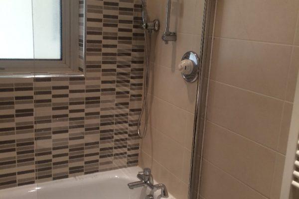 Handyman, shower screen installation